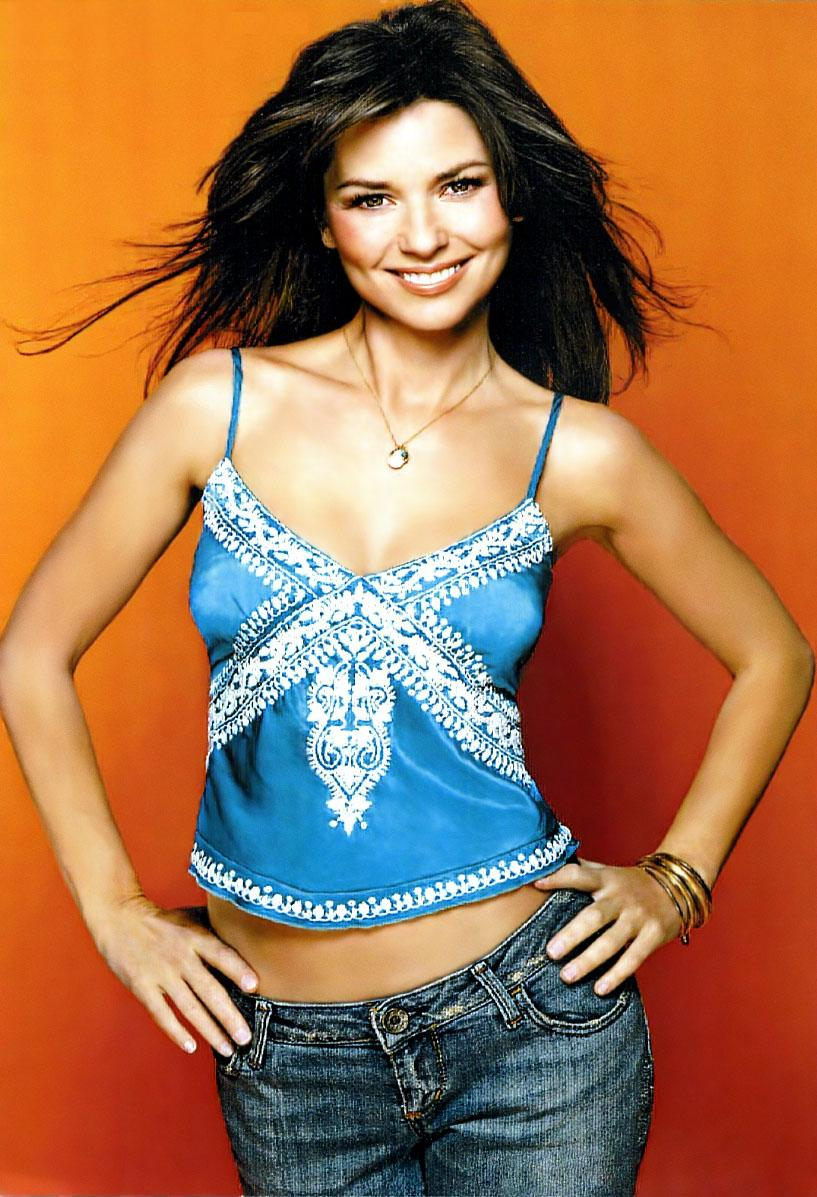 e647ca66 The Official Fan Club is sending this bonus picture to fans who subscribed  to the magazine. Along with the picture, here are the Shania quotes that are  ...