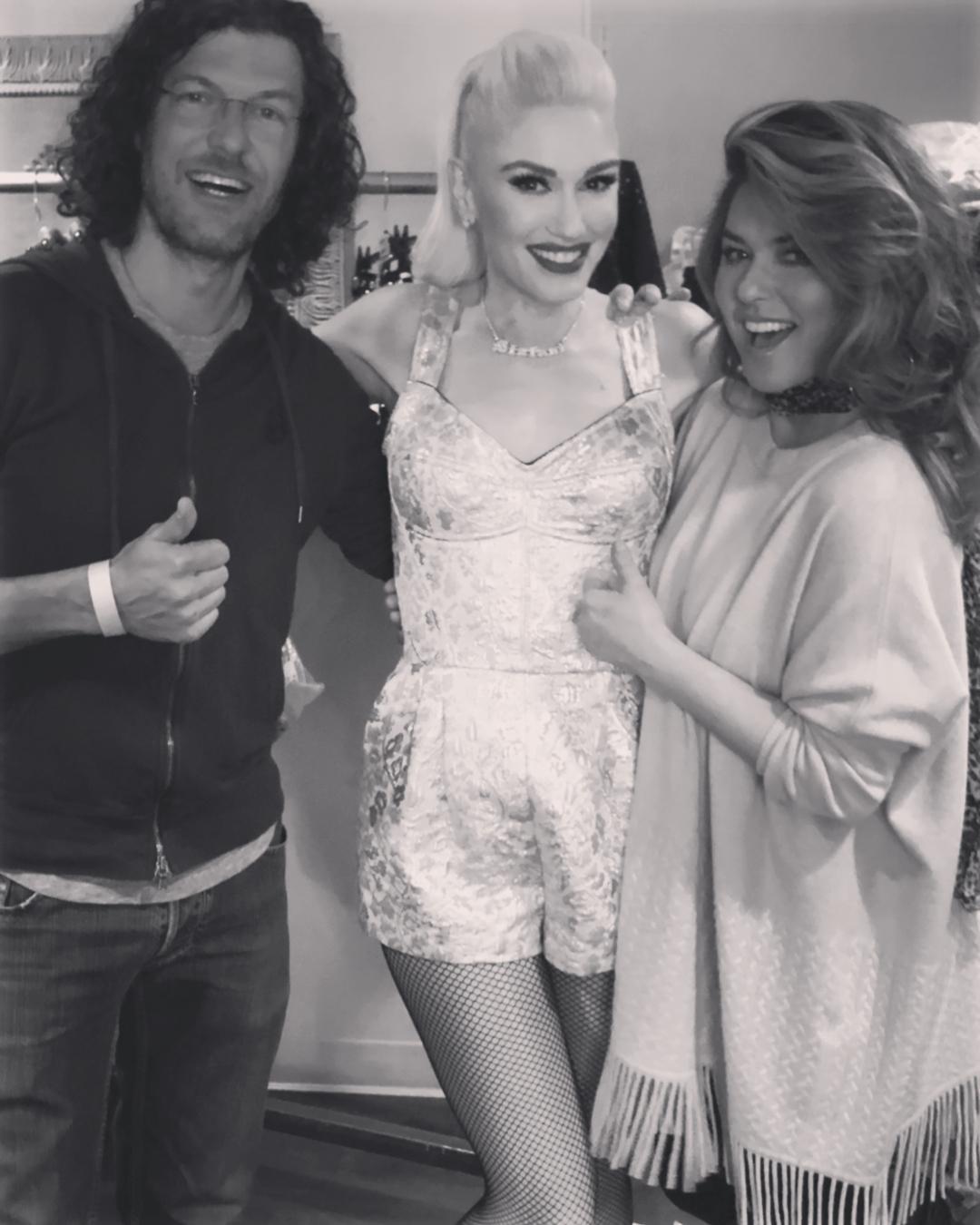bf462cfddd Gx - 1 2    Shania attended Gwen Stefani s
